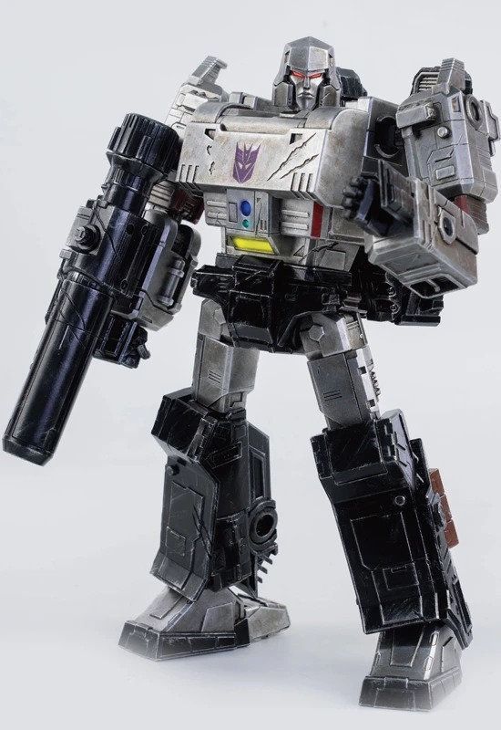 [Pre-Order] Hasbro x ThreeZero War For Cybertron Megatron Deluxe Scale Collectible Series